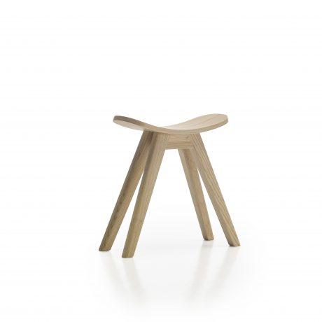 Settle stool